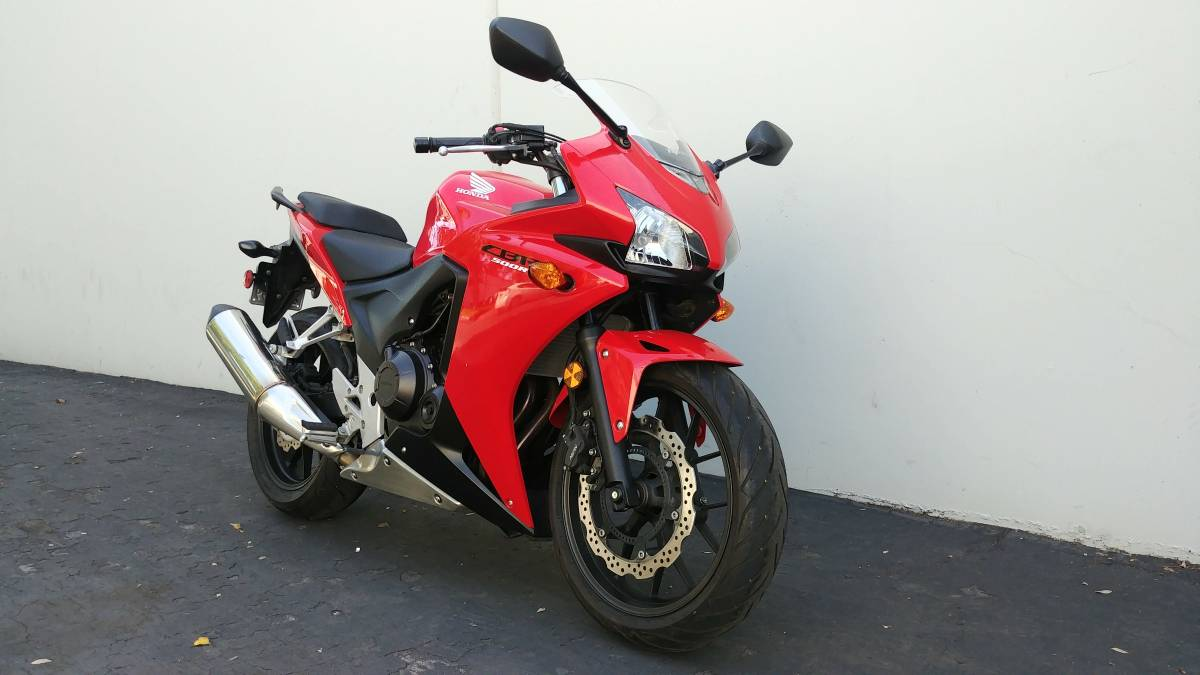 Previous; Next. Overview; Technical Specifications; Apply for finance. 2013  Honda CBR500R CBR 500. ABS brakes